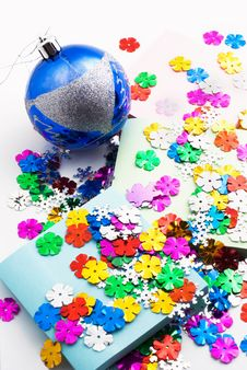 Free Confetti, Christmas Toy And Office Paper Royalty Free Stock Photography - 17198827