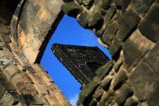 Free Abbey Window Diagonal Stock Images - 1728164