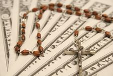 Free Rosary & $20 Bills Royalty Free Stock Photography - 1728647