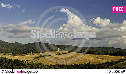 Free Countryside In Tuscany Royalty Free Stock Images - 17203069
