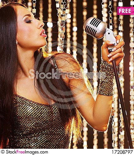 Free Singer On The Stage Royalty Free Stock Photography - 17208797