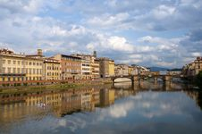 Free Firenze - Italy - Arno River And Alle Grazie Bridg Royalty Free Stock Photo - 17200595