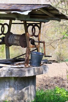 Free Old Water Well Stock Image - 17201901