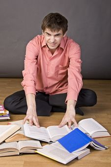 Free Young Boy Reading A Book Royalty Free Stock Photo - 17202265