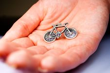 Free Bicycle Earring Royalty Free Stock Images - 17204629