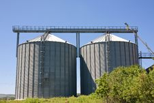 Free Agricultural Silos Royalty Free Stock Photography - 17204917