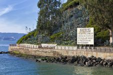 Free Warning Sign At Alcatraz Stock Images - 17206274