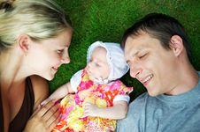 Free Happy Family Royalty Free Stock Photography - 17208817