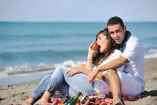 Free Young Couple Enjoying  Picnic On The Beach Royalty Free Stock Photos - 17211858