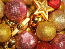 Free Christmas Ball Royalty Free Stock Images - 17213309