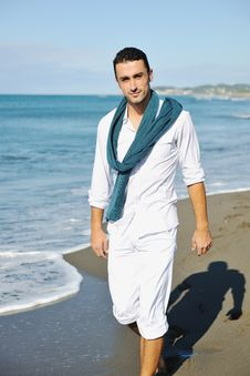 Free Young Man At Beach Royalty Free Stock Photography - 17215167