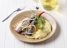 Free Grilled Fish With Mashed Potatoes Stock Photos - 17220843