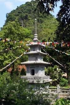 Free Pagoda In Vietnamese Temple Royalty Free Stock Images - 17222019