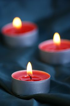 Free Candles And Textile Royalty Free Stock Photo - 17223175
