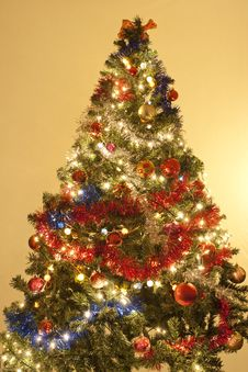 Free Christmas Tree Decorated With Ornaments Stock Photography - 17223822