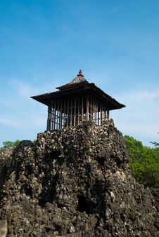 Free Rocky Temple Royalty Free Stock Image - 17224376