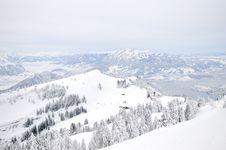 Free Winter Mountain Landscape Royalty Free Stock Photo - 17229605