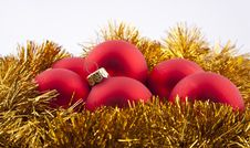Free Red Christmas Evening Balls Royalty Free Stock Photo - 17230815