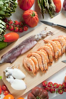 Free Seafood And Vegetables Stock Images - 17236444