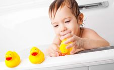 Free Little Boy Taking A Bath Royalty Free Stock Image - 17236716