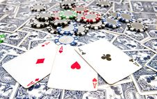 Free Aces And Poker Chips Royalty Free Stock Photography - 17236857