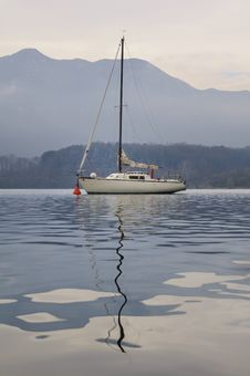 Free Sailboat Royalty Free Stock Photos - 17236888