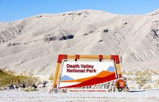Free Death Valley National Park Royalty Free Stock Photo - 17238115