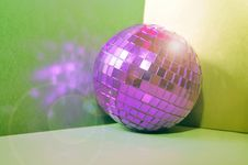 Free Disco Ball Royalty Free Stock Photography - 17239687