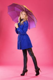 Free Lovely Woman With Umbrella Stock Images - 17240064