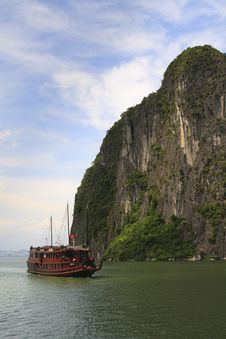 Halong Bay Cruise Royalty Free Stock Photos