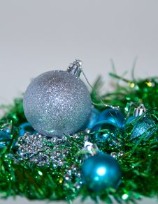 Free Blue And Silver Christmas Decorations Royalty Free Stock Photo - 17240935
