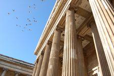 Free British Museum With Birds Stock Photo - 17247730