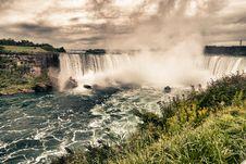 Free Niagara Falls, Ontario Royalty Free Stock Image - 17249566