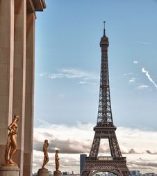 Free View Of Eiffel Tower, Paris Stock Photography - 17249812