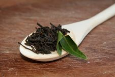 Free Black Tea On A Wooden Texture Royalty Free Stock Photography - 17250947