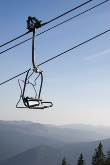 Free Chairlift Going Up Royalty Free Stock Photography - 17251717