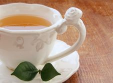 Free Pouring Tea Royalty Free Stock Photography - 17251767