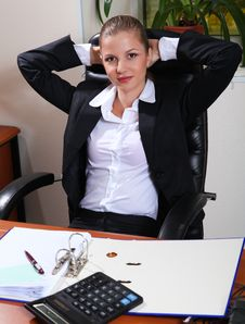 Free Businesswoman In Office Stock Images - 17254194