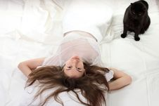 Free Woman With A Cat Royalty Free Stock Images - 17257459