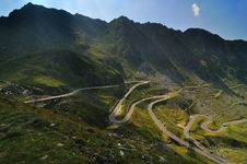 Free Road In The Mountains - Transfagarasan Royalty Free Stock Photo - 17258965