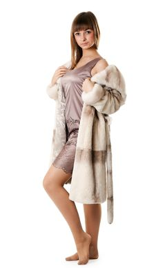 Free A Beautiful Young Girl In A Fur Coat Royalty Free Stock Photos - 17260038