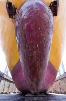 Free Ship In A Drydock Stock Photo - 17263990