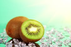 Free Kiwi And Pieces Of Ice Stock Photos - 17264783