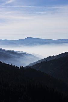 Free Mountain Landscape Royalty Free Stock Photo - 17268925