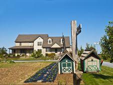 Free Amish Farm Royalty Free Stock Images - 17269629