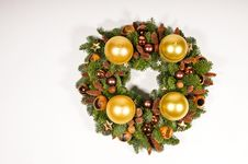 Free Gold Wreath Royalty Free Stock Images - 17271719