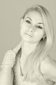 Free Beautiful Blond Stock Photos - 17272483