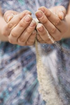 Free Girl S Hands With Sand Going Through Royalty Free Stock Photography - 17275257