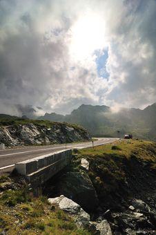 Free Road In The Mountains - Transfagarasan Royalty Free Stock Photos - 17276288