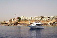 Free Ship Sea Royalty Free Stock Photography - 17280467